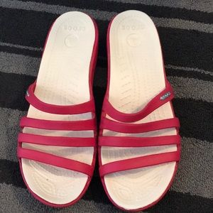 Crocs pink and white women's wedge slides